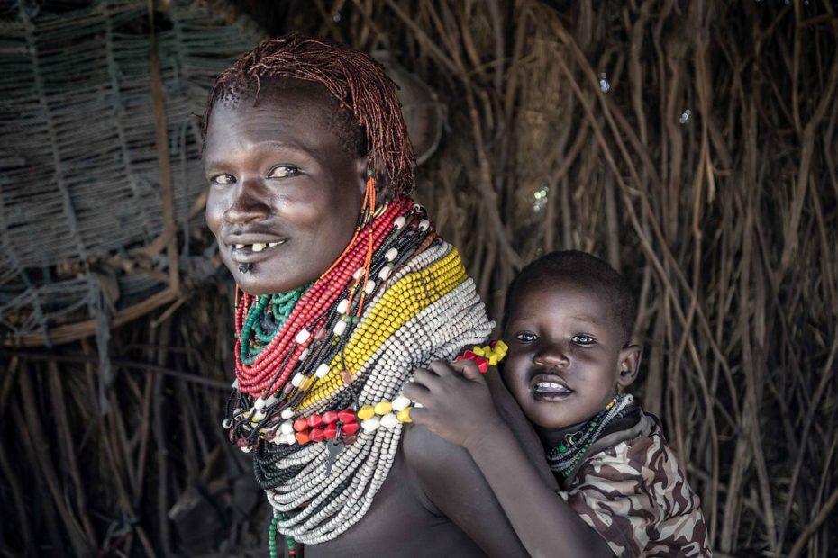 Femme Nyangatom